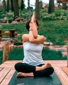 योगा क्या होता है?घर पर योगा केसे करें?योगा के लाभ और सावधानी 2021? yoga